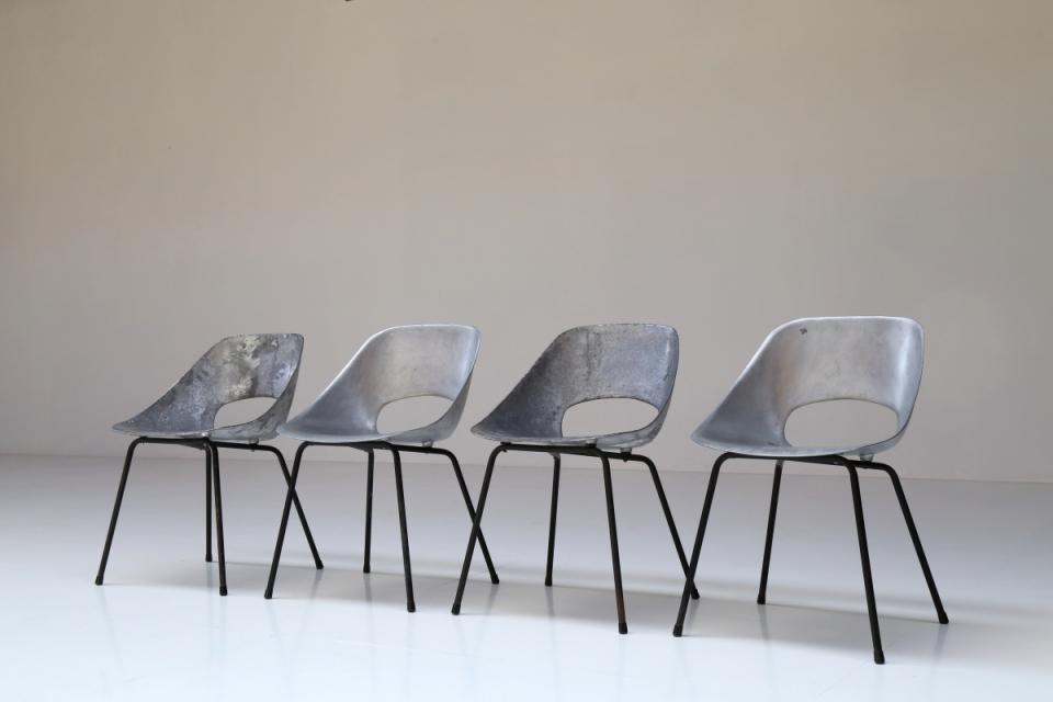 set of 4 tulipe chairs vanlandschoote