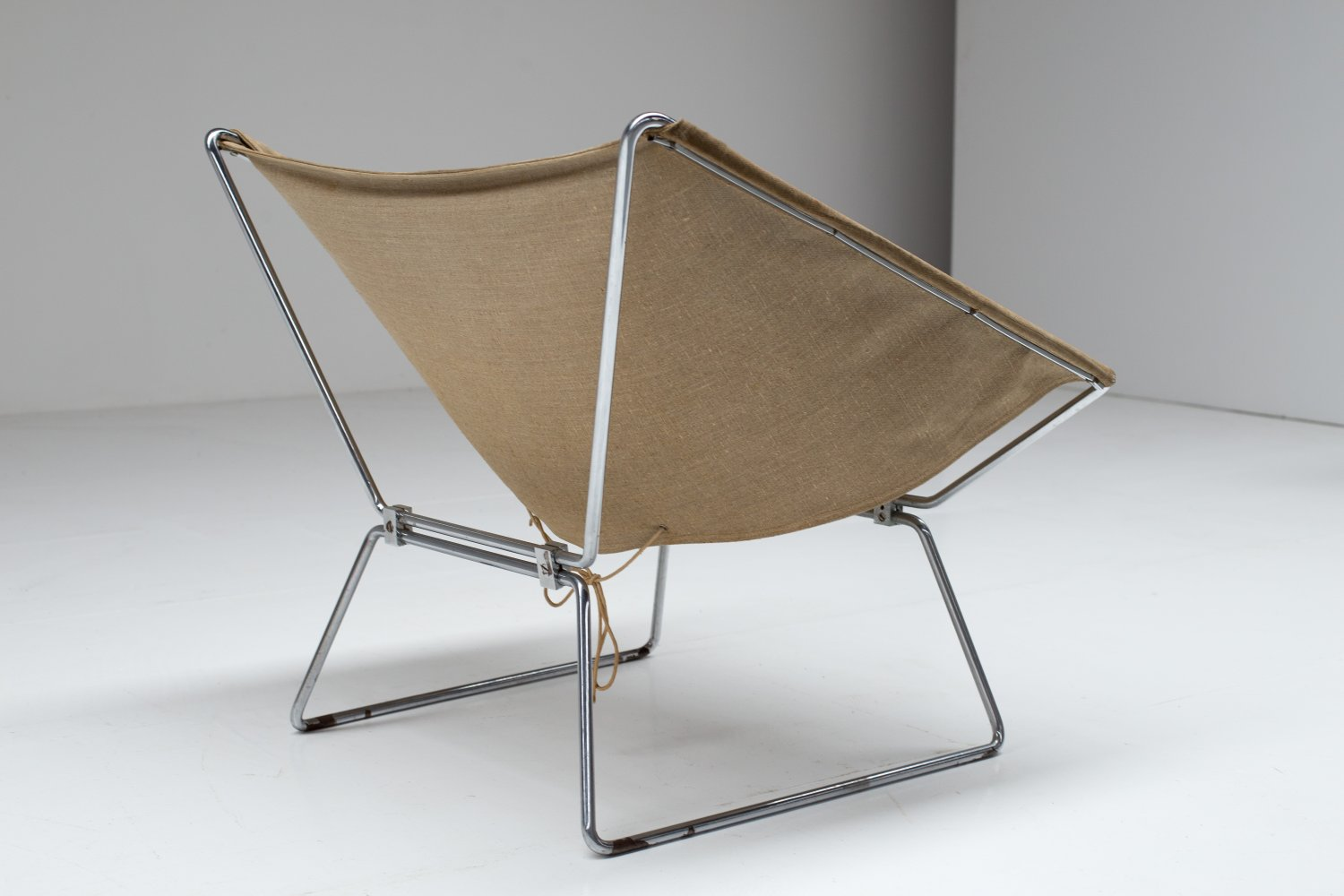 Pierre Paulin Easy chair AP-14