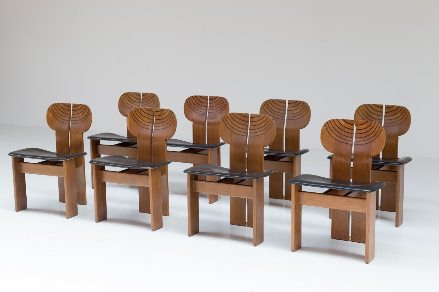 Set of 8 'Africa' chairs for Maxalto