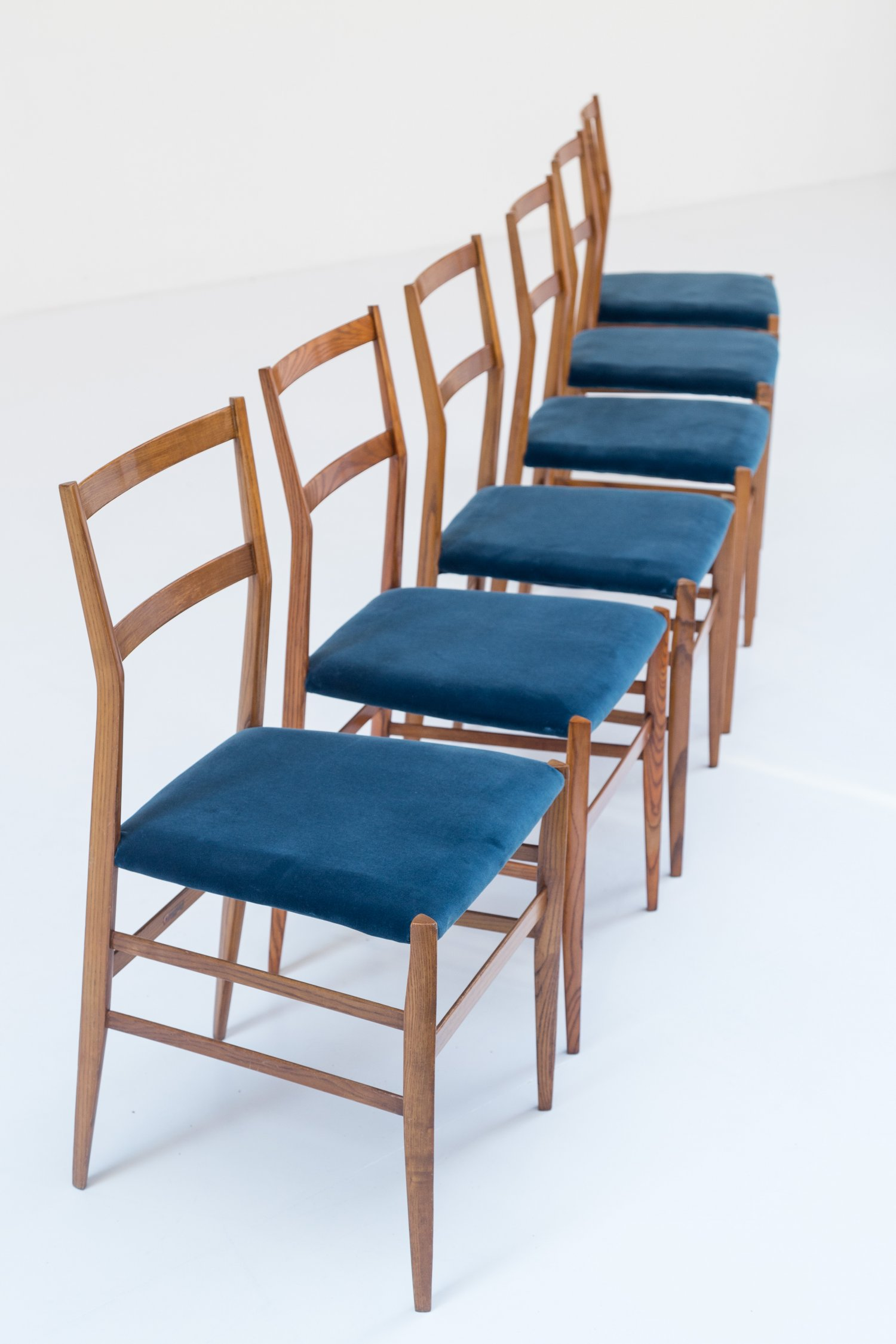 Set of 6 Superleggeras by Gio Ponti for Cassina