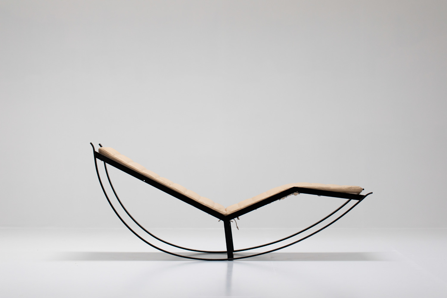 Italian Chaise Longue by Willy Rizzo