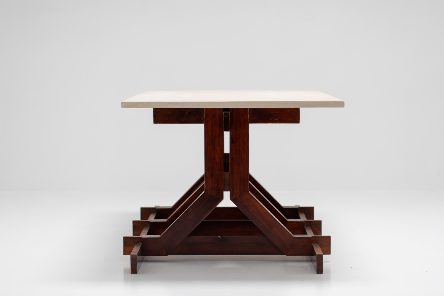 Spanish Rationalist table