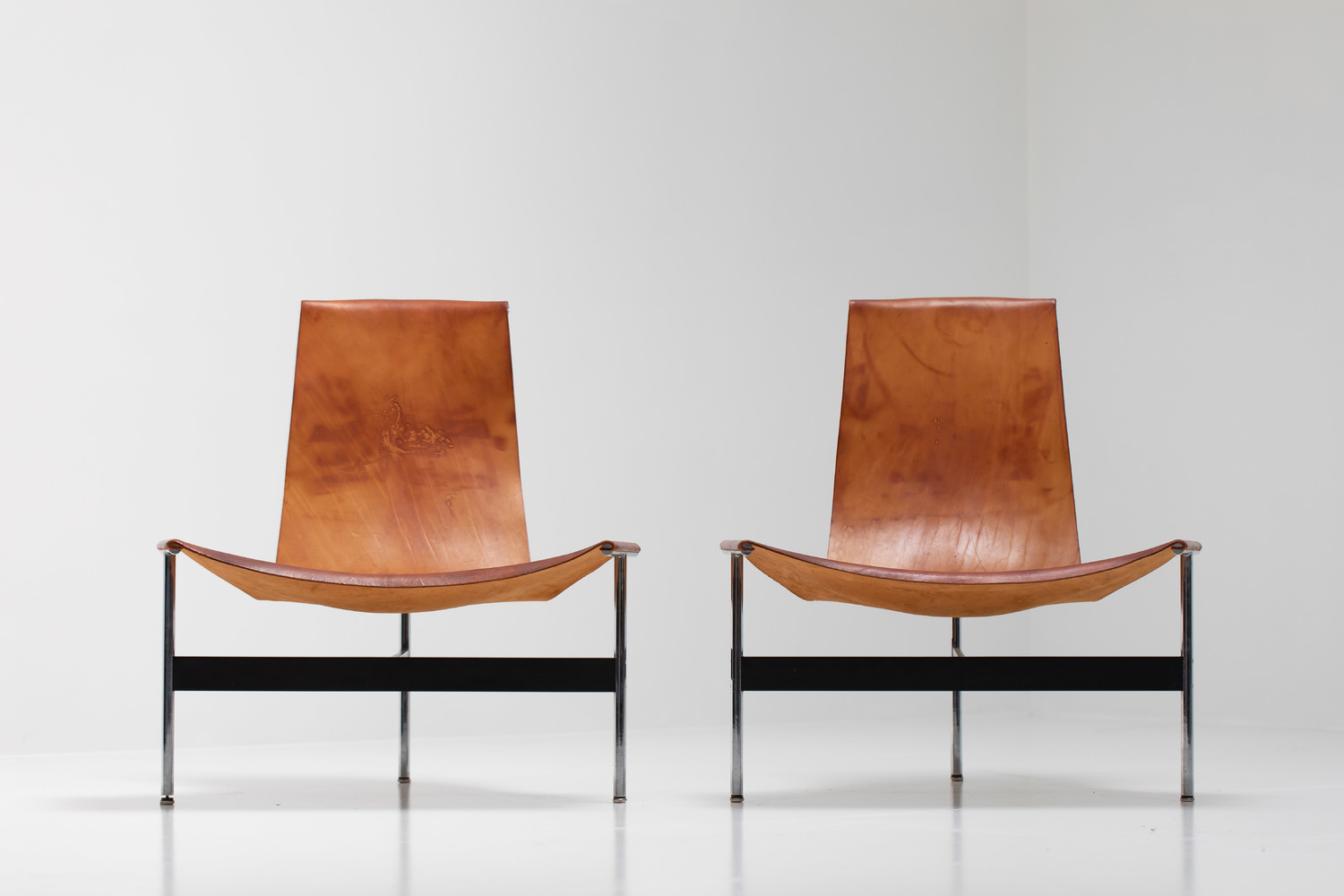 William Katavolos for Laverne International 'TH-15' Lounge Chairs